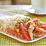 Chicken, Cashew, and Red Pepper Stir-Fry