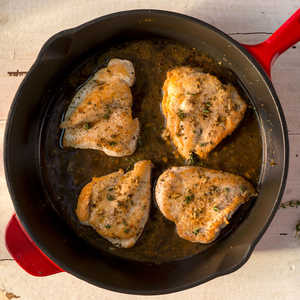 <p>Chicken with Provençal Sauce</p>
