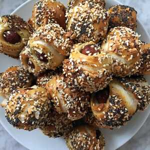 <p>Pigs in an Everything Blanket with Cream Cheese Dip</p>