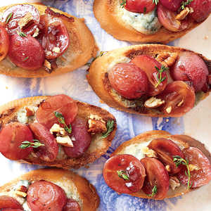Blue Cheese Crostini with Balsamic-Roasted GrapesRecipe