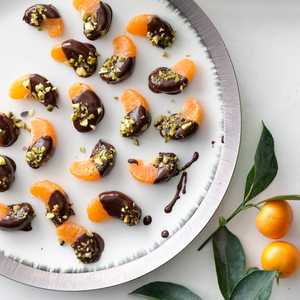Chocolate-Dipped ClementinesRecipe
