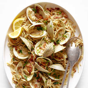 Clams with Pasta and BaconRecipe