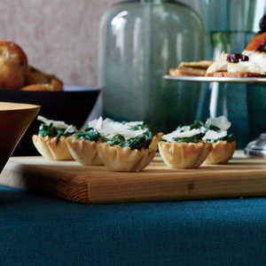 Creamed Spinach Phyllo Cups Recipe