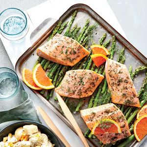 Dilly Salmon Packets with AsparagusRecipe