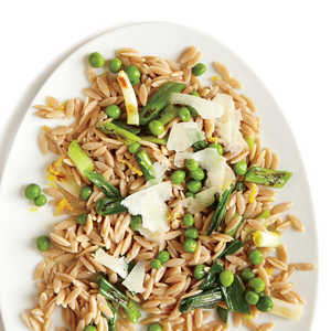 Grilled Green Onions with Orzo and Sweet PeasRecipe