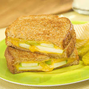 country crock apple and chedder grilled cheese recipeRecipe