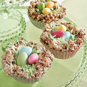 <p>Crispy Easter Nests</p>
