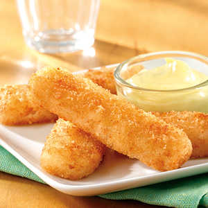 Fish Sticks with a Creamy Honey Mustard Dipping Sauce