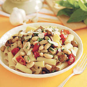 Rigatoni with Beans and MushroomsRecipe