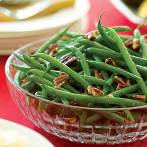 Brown-Butter Green Beans with PecansRecipe
