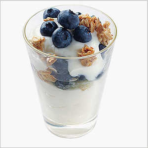Blueberry Yogurt ParfaitsRecipe