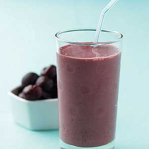Cherry-Almond SmoothieRecipe