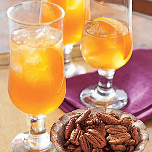 Spiced-Apple Iced TeaRecipe