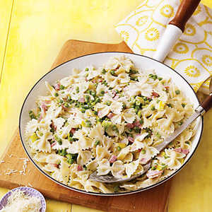 Bow-Tie Pasta with Ham, Leeks and PeasRecipe