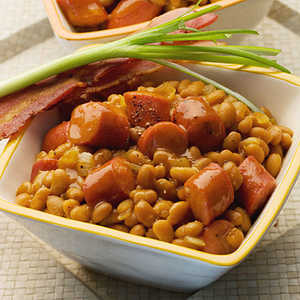 Quick Skillet Baked Beans and Franks Recipe
