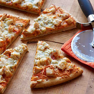 <p>Buffalo Chicken Pizza</p>