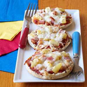 Canadian Bacon and Pineapple Mini PizzasRecipe