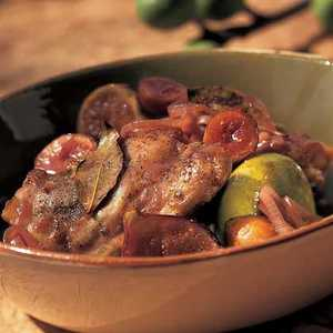 Braised Chicken Thighs with Figs and Bay Leaves Recipe
