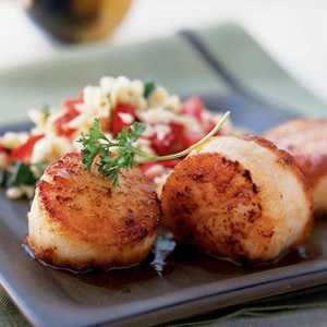 <p>Simple Seared Scallops</p>