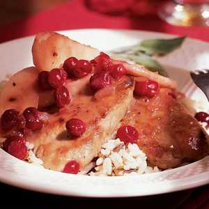 Pork Medallions with Cranberries and ApplesRecipe