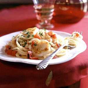 Pan-Seared Scallops on Linguine with Tomato-Cream Sauce Recipe