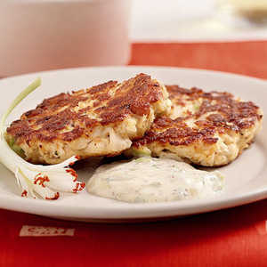 Creole Cakes with Sweet and Spicy Rémoulade Sauce Recipe