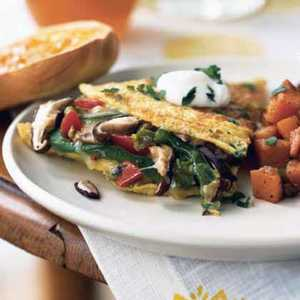 Mushroom and Bell Pepper Omelet with FontinaRecipe