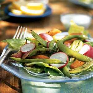 Grilled Vegetable Salad with Creamy Blue Cheese DressingRecipe