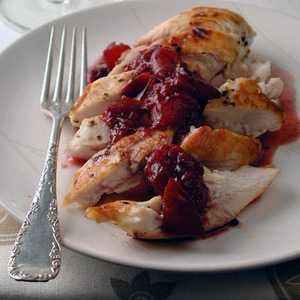 Grilled Chicken with Pinot-Plum SauceRecipe