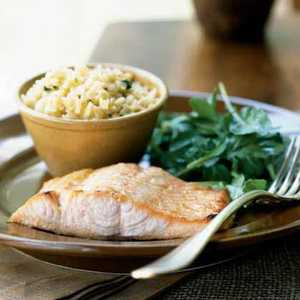 <p>Honey-Ginger Glazed Salmon with Arugula Salad</p>