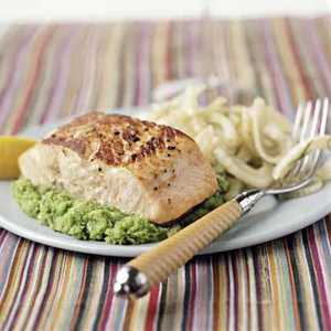 <p>Seared Salmon on Herbed Mashed Peas</p>