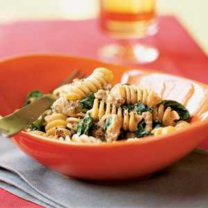 Whole Wheat Blend Rotini with Spicy Turkey Sausage and Mustard GreensRecipe