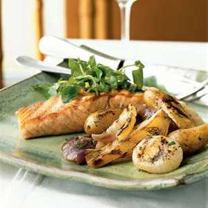Grilled Wild Salmon and VegetablesRecipe