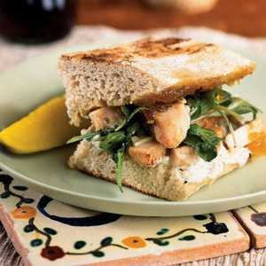 <p>Chicken Panini with Fig Jam</p>