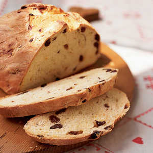 Saffron and Raisin Breakfast BreadRecipe