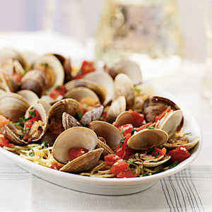 <p>Steamed Clams and Tomatoes with Angel Hair Pasta</p>