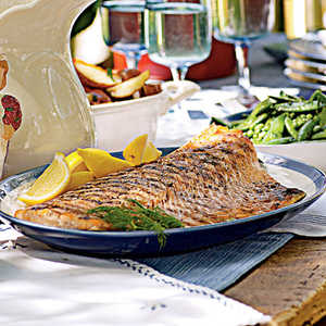 Grilled Salmon with Tangy Cucumber SauceRecipe
