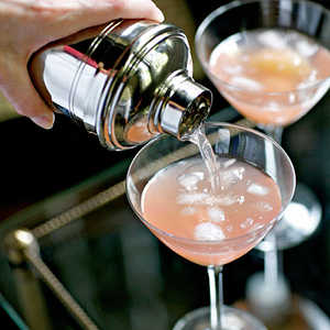 Pink Grapefruit and Lychee CocktailRecipe