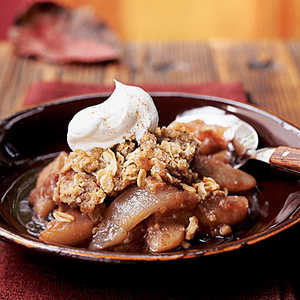 Red Wine Pear Crisp with Spiced Streusel Recipe