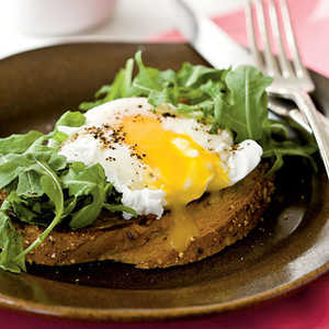Poached Eggs with Buttery Multigrain ToastRecipe