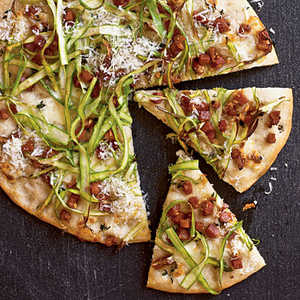 Flatbread with Pancetta, Mozzarella, and AsparagusRecipe