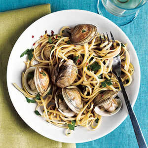 Spiced-Up Linguine with ClamsRecipe