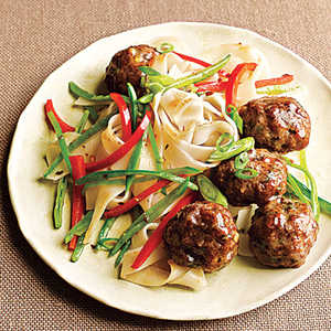 Gingery Pork Meatballs with NoodlesRecipe