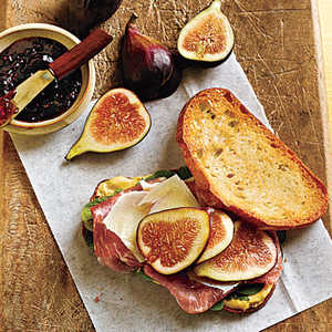<p>Prosciutto, Fresh Fig, and Manchego Sandwiches</p>