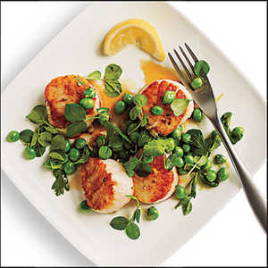 Seared Scallops with Lemony Sweet Pea RelishRecipe