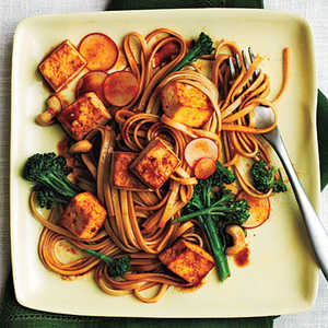 Udon Noodle Salad with Broccolini and Spicy Tofu Recipe