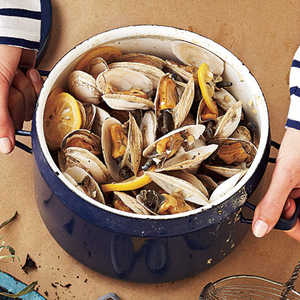 Beer-Steamed Soft-Shell ClamsRecipe