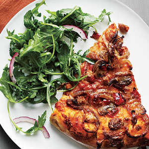 <p>Spicy Sausage and Mushroom Pizza</p>