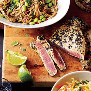 <p>Sesame Tuna with Edamame and Soba</p>