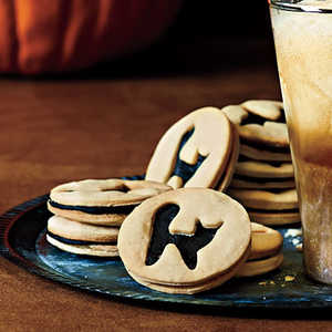 Black Cat Sandwich Cookies Recipe